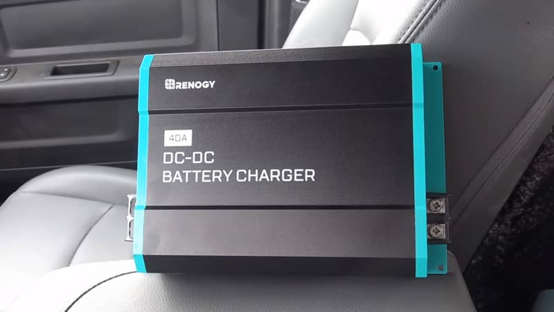 how-does-the-rv-battery-charge