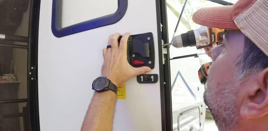RV Door Lock Assembly